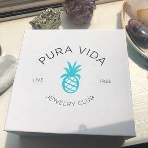 Exclusive pura vida necklace & ring ✨💫